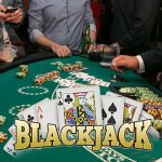 How to Play at the Blackjack Table